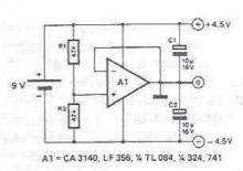 Symmetrical voltage power supply circuit